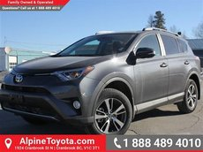 2017 Toyota RAV4 XLE  AWD - Sunroof - Heated Seats